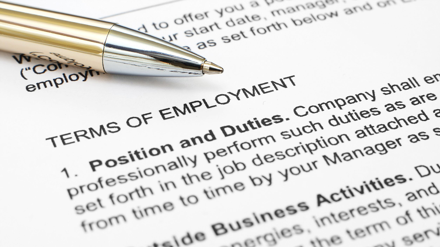 employment law a4 04 employment law update the information and any commentary on the law contained in this update is provided for information purposes only it is not intended to amount.